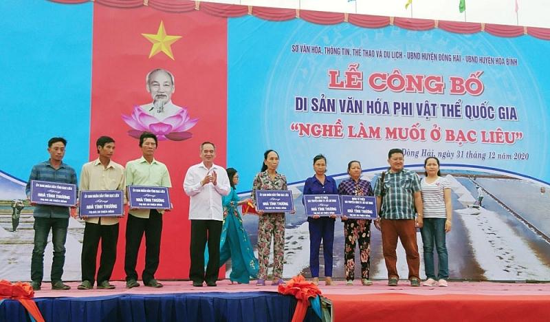 bac lieu xay dung moi 246 can nha cho nguoi co cong voi cach mang