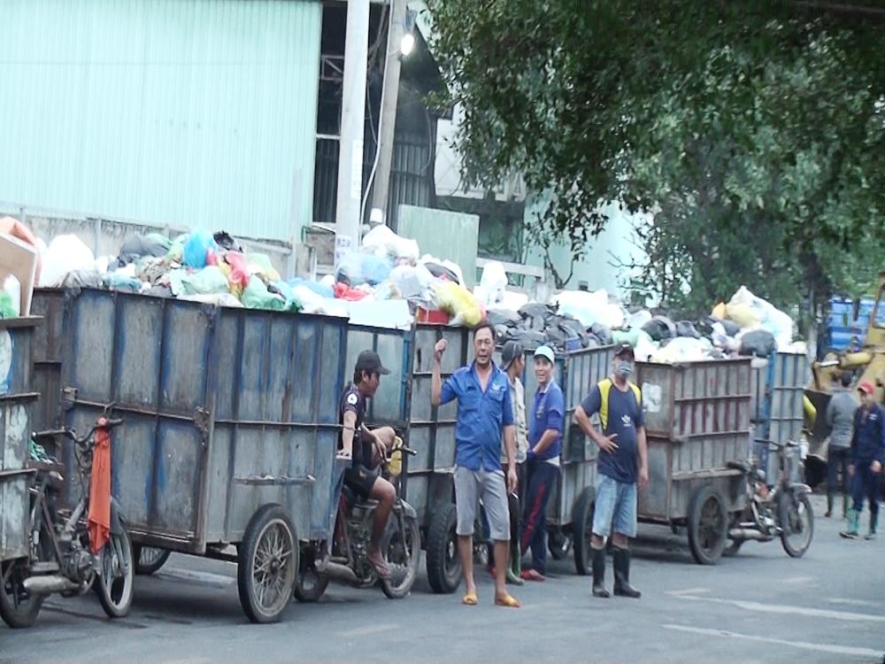 Thành phố Hồ Chí Minh: Trạm trung chuyển rác ô nhiễm trong khu dân cư