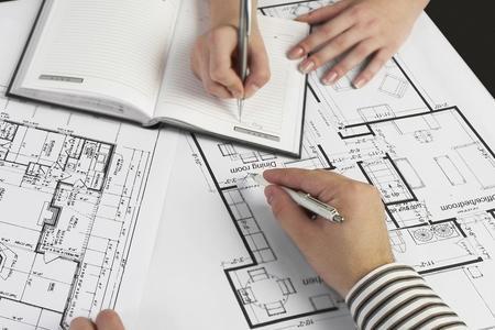 Thẩm định và phê duyệt điều chỉnh thiết kế bản vẽ thi công và dự toán công trình