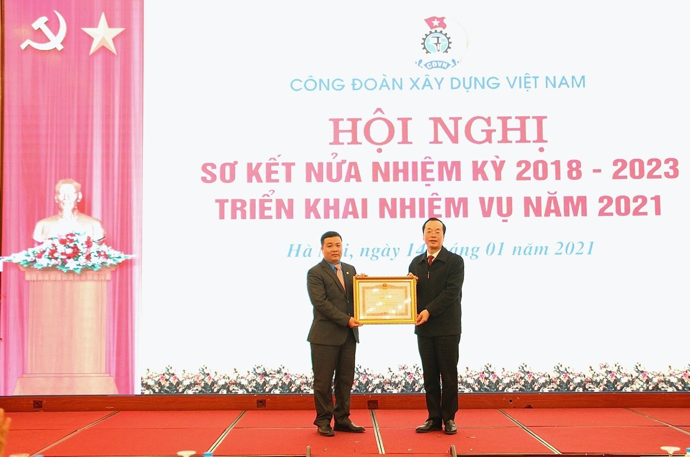 Công đoàn Xây dựng Việt Nam sơ kết hoạt động Công đoàn nửa nhiệm kỳ 2018 - 2023