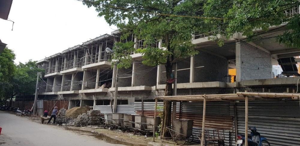 Nghi Sơn (Thanh Hóa): 17 ki ốt xây sai phép ở chợ Còng vẫn thách thức dư luận?