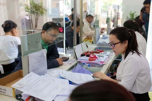 Điều kiện nâng lương trước hạn đối với công chức thuế