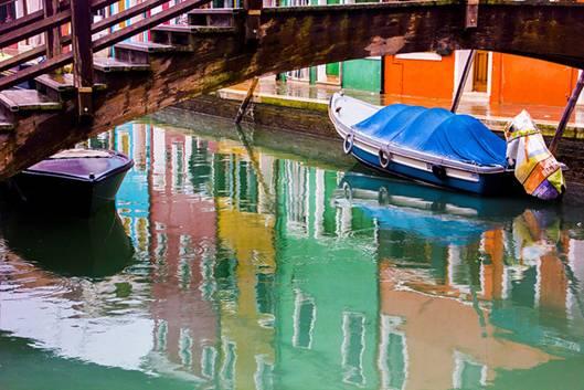 092557baoxaydung image004 Cùng nhìn qua màu sắc rực rỡ của những ngôi nhà ở đảo nhỏ Burano, Italy