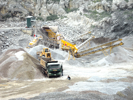 Phê duyệt kế hoạch đấu giá quyền khai thác khoáng sản năm 2015
