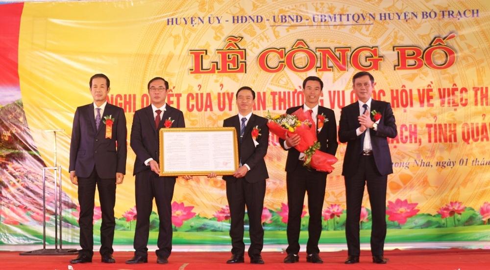 Bố Trạch (Quảng Bình): Công bố thành lập thị trấn du lịch Phong Nha