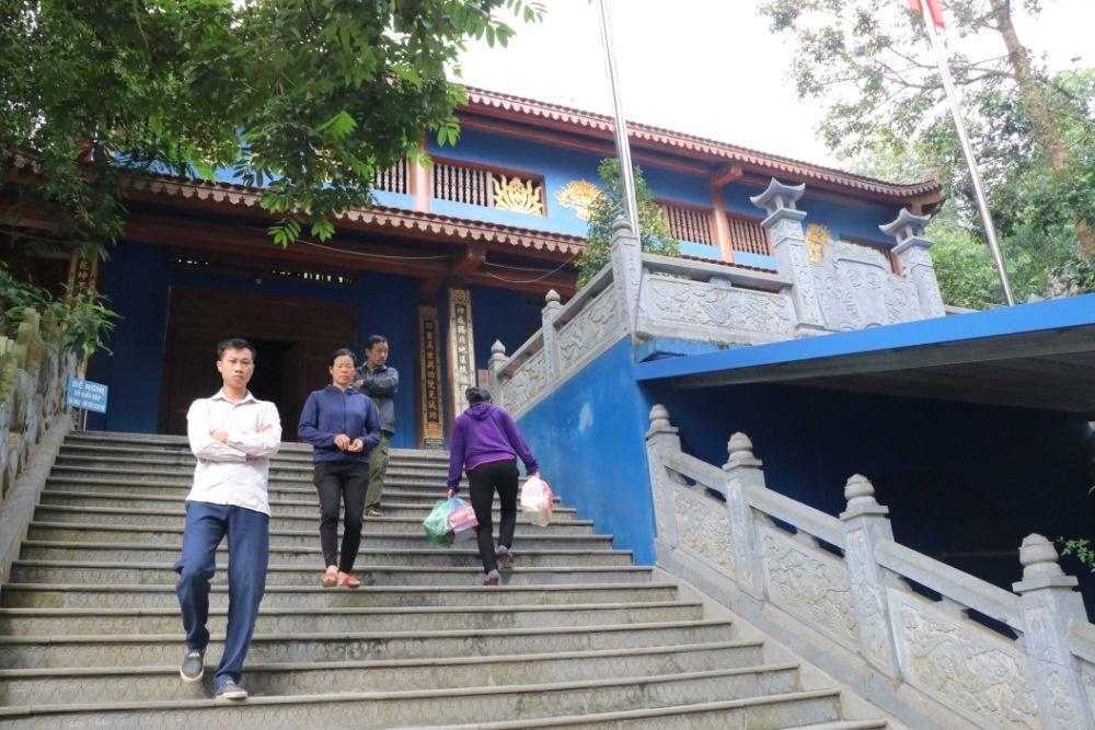 Thái Nguyên: Vì sao có tranh chấp đền Đá Thiên?