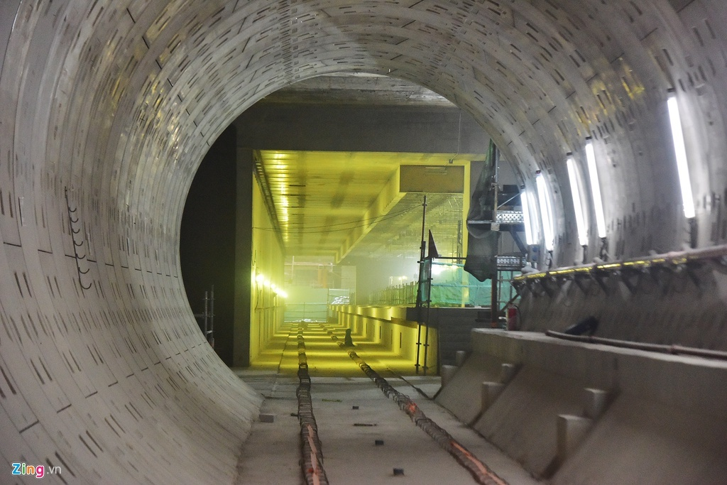Toàn cảnh ga ngầm metro đang hoàn thiện ở TP.HCM