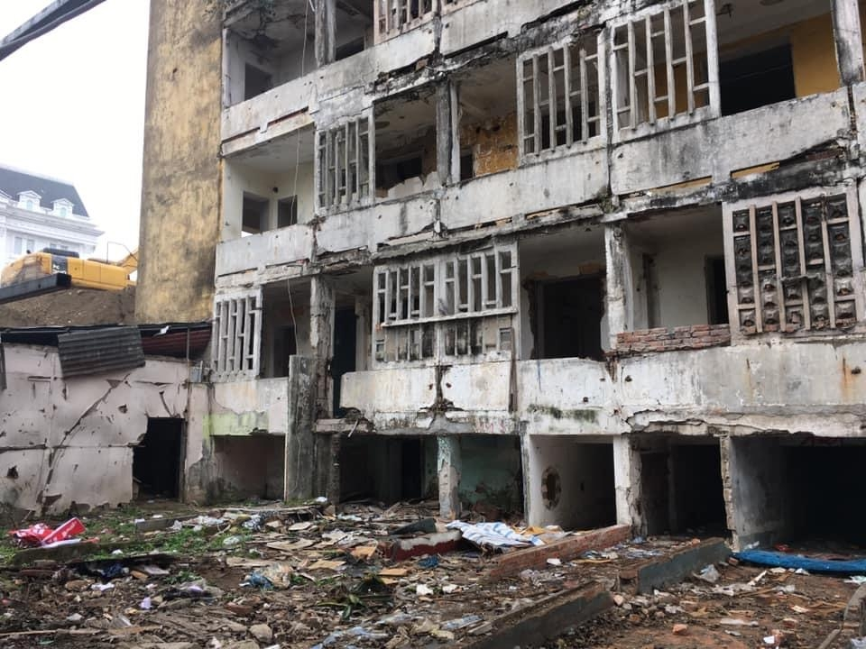 Thành phố Vinh: Cưỡng chế phá dỡ khu nhà cũ nát thuộcchung cư Quang Trung