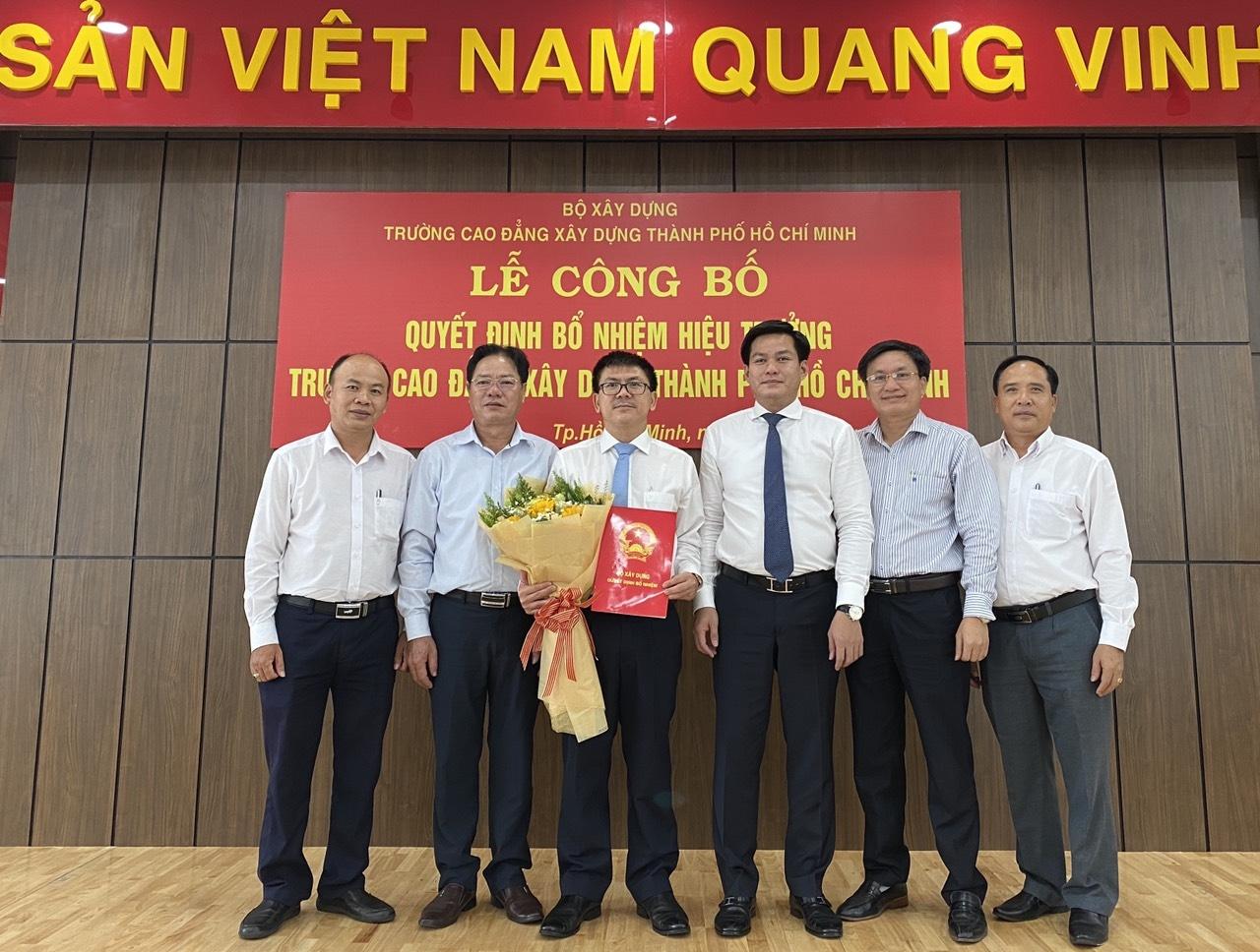 Công bố Quyết định bổ nhiệm Hiệu trưởng Trường Cao đẳng Xây dựng Thành phố Hồ Chí Minh