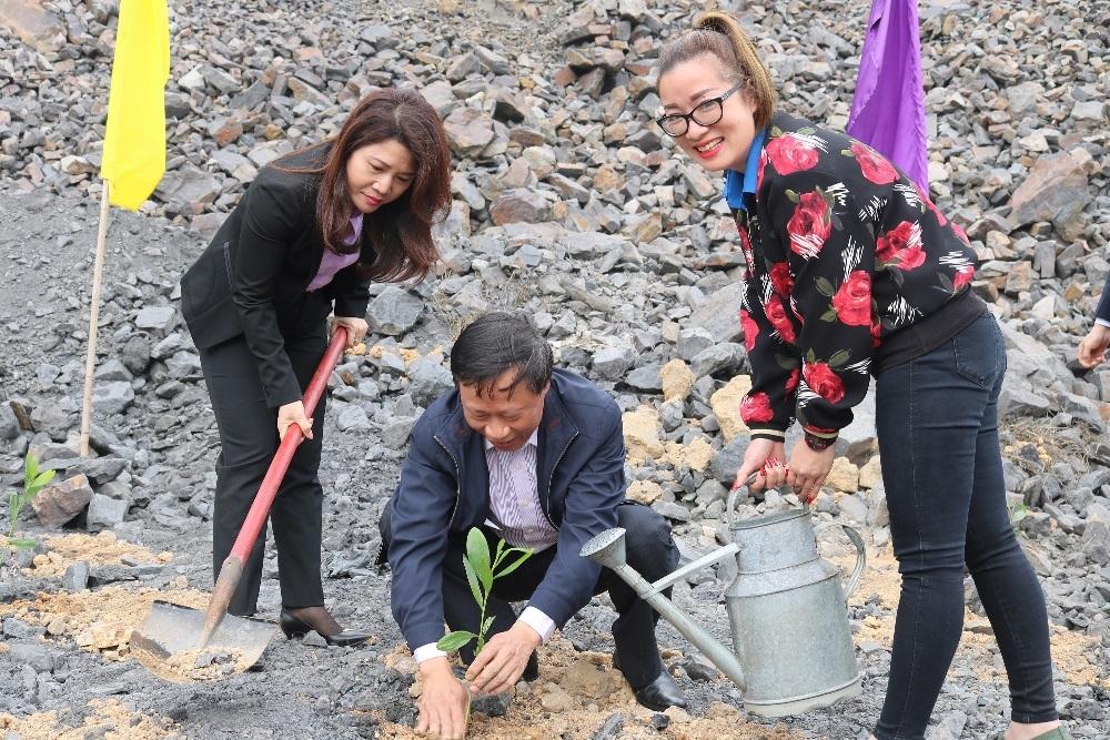 """Quảng Ninh: TKV phát động """"Tết trồng cây đời đời nhớ ơn Bác Hồ"""" xuân Tân Sửu 2021"""