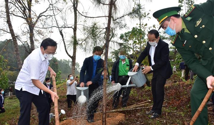 Thừa Thiên – Huế: Phát động Tết trồng cây Xuân Tân Sửu 2021