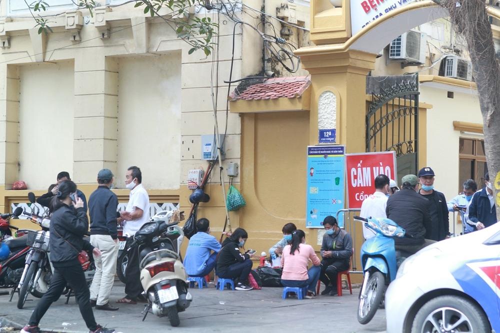 Hà Nội: Phớt lờ quy định, vẫn còn nhiều nơi vi phạm quy tắc phòng, chống dịch