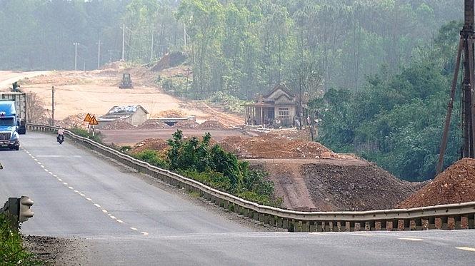 TT-Huế: 'Gỡ nghẽn' trên công trình dự án hơn 7.000 tỷ