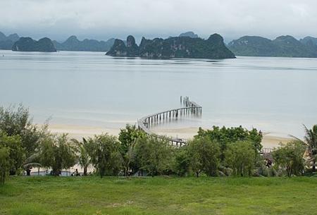 Doanh nghiệp Nga muốn đầu tư công trình du lịch sinh thái tại Quảng Ninh