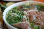 Ăn phở ở Hà Nội là một trong 100 trải nghiệm nên có trong đời