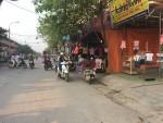 Đông Anh, Hà Nội: Lấn chiếm vỉa hè, lòng đường để kinh doanh, họp chợ