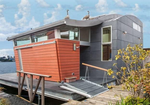 Những ngôi nhà nổi có khả năng lọc nước xung quanh