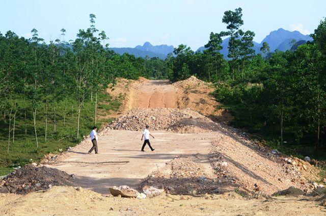"""Quảng Bình: """"Sờ gáy"""" nhiều công trình xây dựng cơ bản, phát hiện nhiều sai phạm!"""
