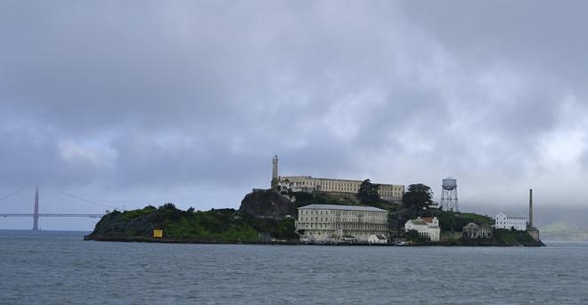 Tìm thấy đường hầm dưới nhà tù Alcatraz trứ danh