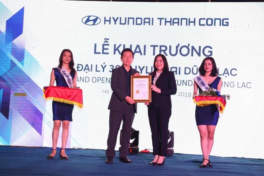 Hyundai: Khai trương đại lý chuẩn thương mại toàn cầu tại Nghệ An - Hà Tĩnh