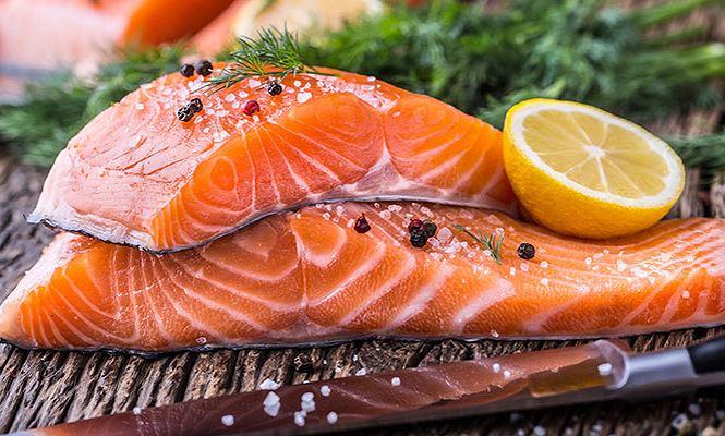 Cá hồi: 'Góc khuất' hại sức khỏe không phải ai cũng biết