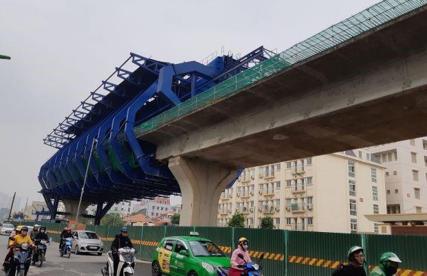 Hà Nội: Phân luồng, tổ chức giao thông phục vụ thi công đường vành đai 2 trên cao