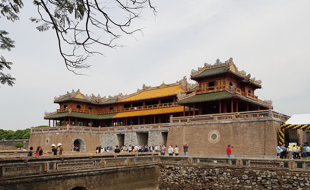 Thừa Thiên - Huế: Tạm dừng đón khách vào tham quan di tích