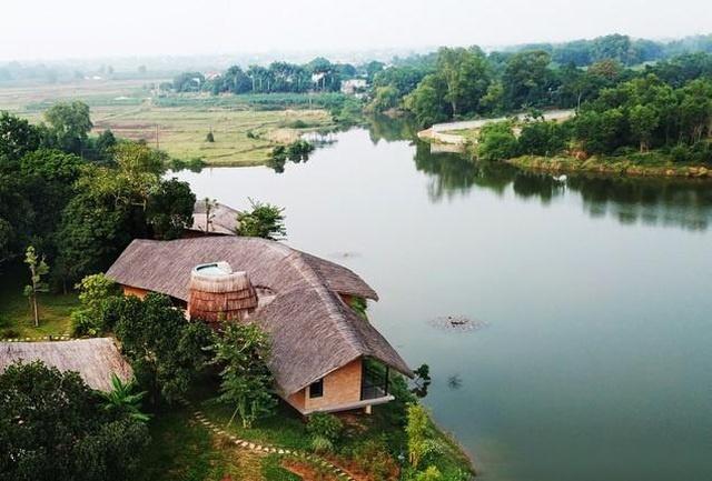 Ngôi nhà mái rạ của đại gia Hà Nội gây