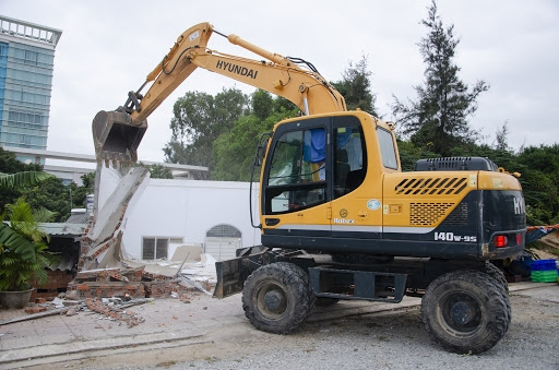 Xử lý cưỡng chế tháo dỡ công trình vi phạm trật tự xây dựng