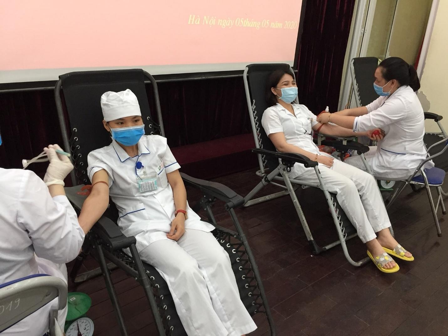 Công đoàn Xây dựng Việt Nam: Vận động người lao động tham gia hiến máu tình nguyện