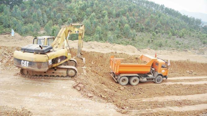 Khẩn trương gỡ khó nguồn vật liệu xây dựng cao tốc Bắc Nam