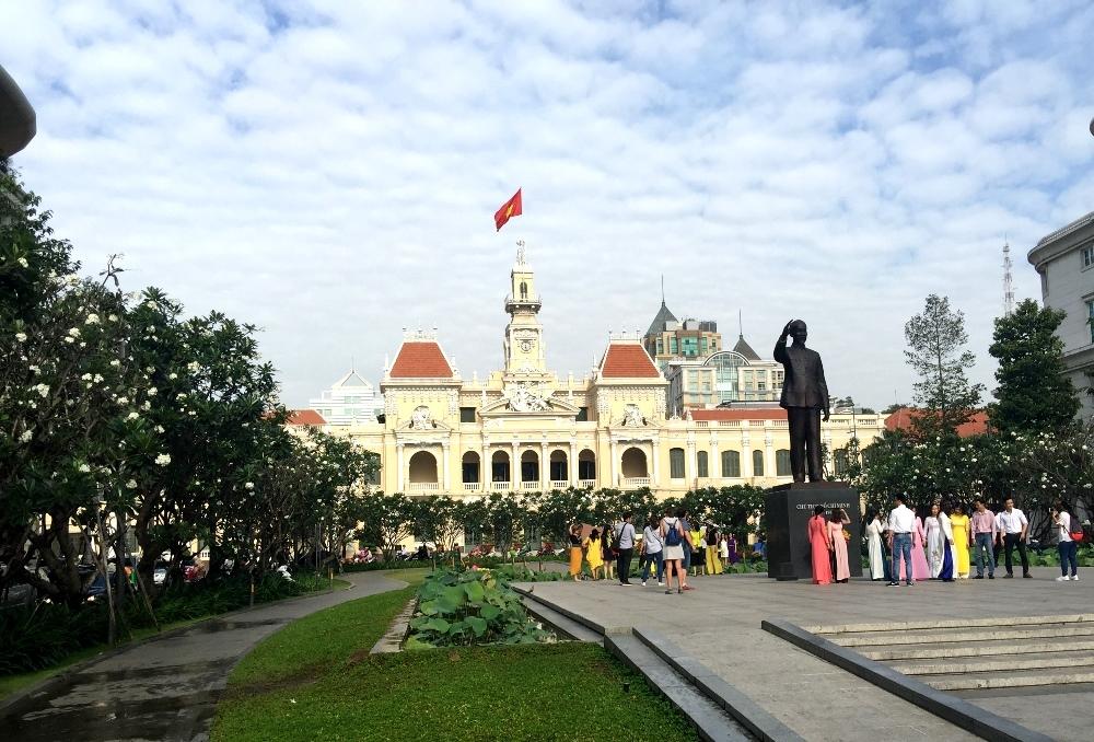 Thành phố Hồ Chí Minh chỉ đạo đẩy nhanh các dự án giao thông trọng điểm
