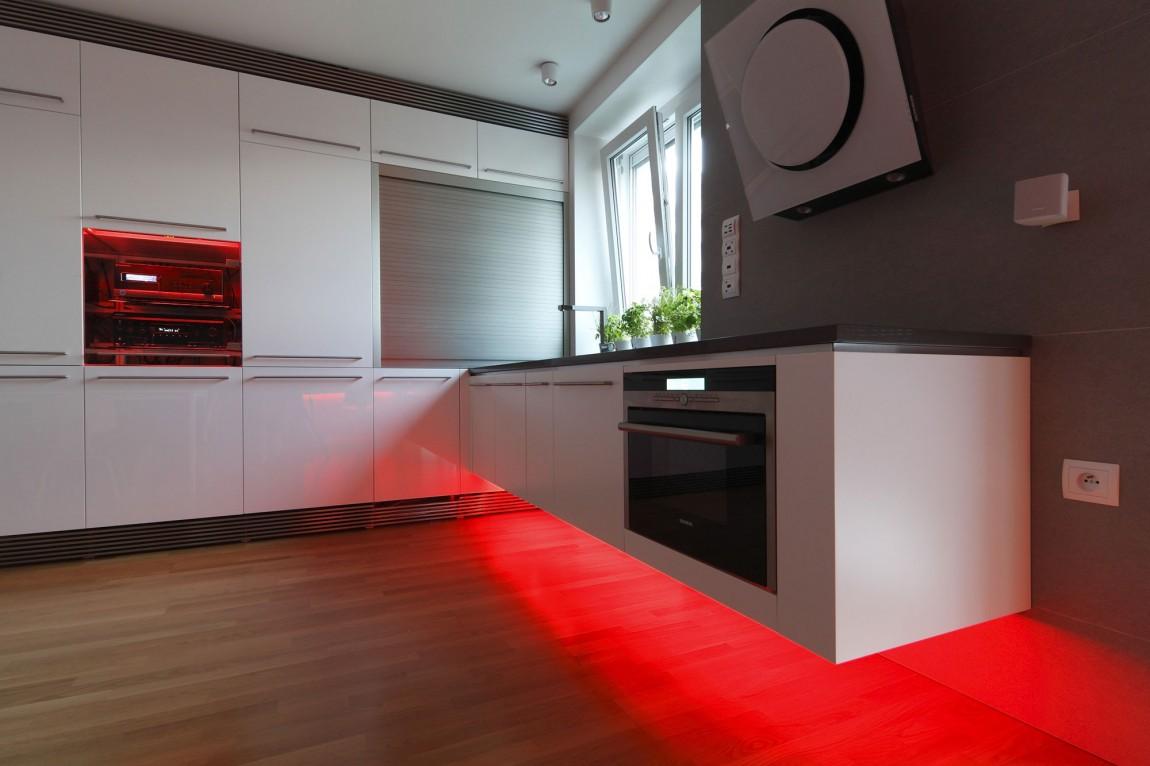 105151baoxaydung image010 Chiêm ngưỡng căn hộ hiện đại với hệ thống chiếu sáng bằng đèn LED