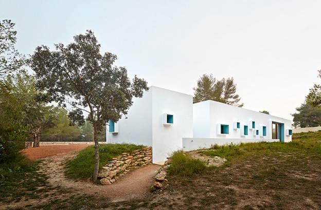 Thiết kế căn hộ nhỏ hài hòa với không gian trên đảo Ibiza