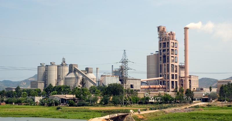 Nghệ An: Thống nhất đầu tư xây dựng Nhà máy xi măng Hoàng Mai 2