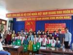 Vĩnh Phúc: Hội Kiến trúc sư Việt Nam thăm và tặng quà tại thôn Thản Sơn