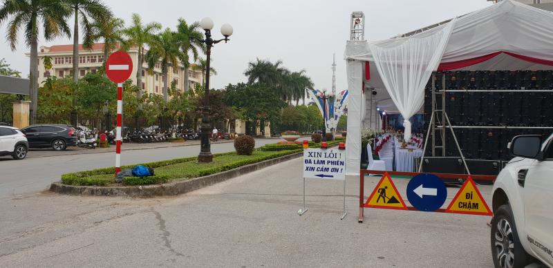 Yên Bái: Nghiêm cấm lấn chiếm lòng đường, hè phố để dựng rạp