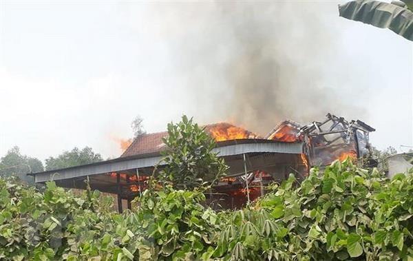 Nghệ An: Cháy trụi nhà sàn ba gian khiến một người tử vong
