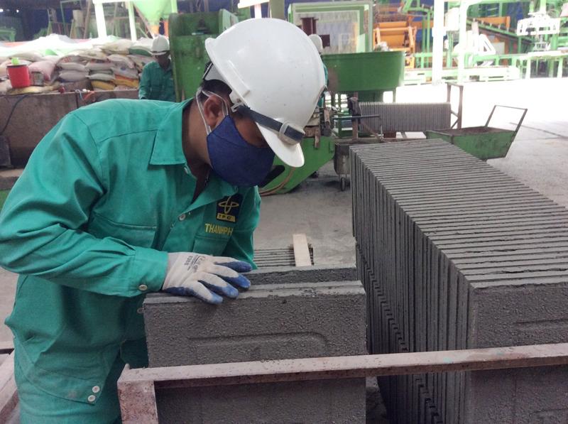 Dự án Tăng cường sản xuất và sử dụng gạch không nung ở Việt Nam: Giảm phát thải 1,8 triệu tấn CO2