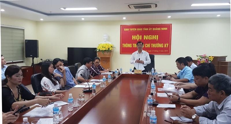 """Quảng Ninh: Nguy cơ """"sân khấu hóa"""" Carnaval Hạ Long"""