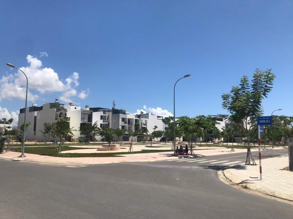 Khánh Hòa: Gần 1.000 khách hàng không được cấp giấy chứng nhận quyền sử dụng đất như cam kết