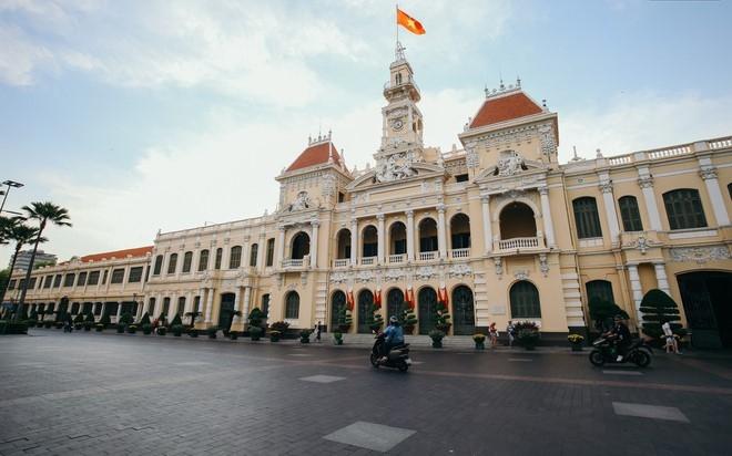 Thành phố Hồ Chí Minh đề xuất các biện pháp chống dịch cũng như đảm bảo phát triển kinh tế