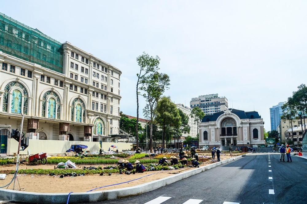 Metro Bến Thành - Suối Tiên: Ga nhà hát Thành phố cơ bản đã hoàn thiện công tác thi công tầng hầm B1