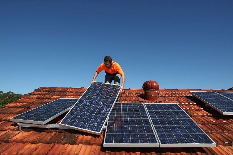 Chuyển đổi năng lượng tái tạo giúp tăng trưởng kinh tế và tạo ra việc làm