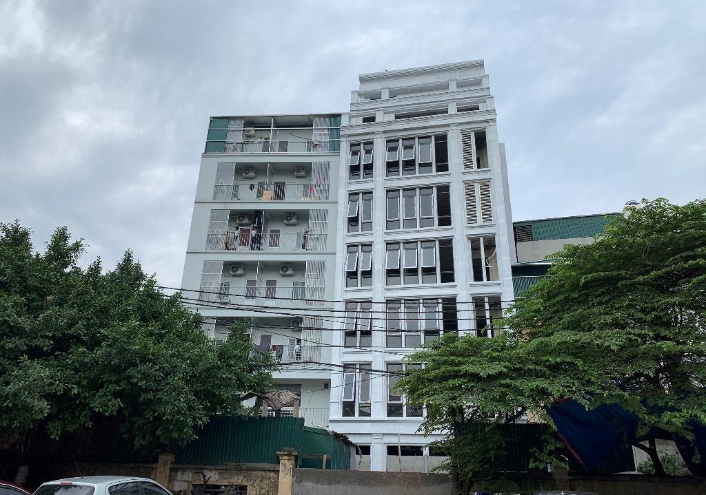 """Hà Nội: Vai trò của chính quyền ở đâu, khi nhiều nhà ở riêng lẻ bị """"hô biến"""" thành chung cư mini?"""