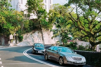 Dân Hong Kong ráo riết tìm mua nhà nước ngoài