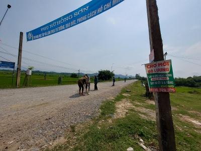 Nghệ An: UBND huyện Đô Lương nợ tiền nhà thầu 10 năm khiến tuyến đường tránh lũ dở dang
