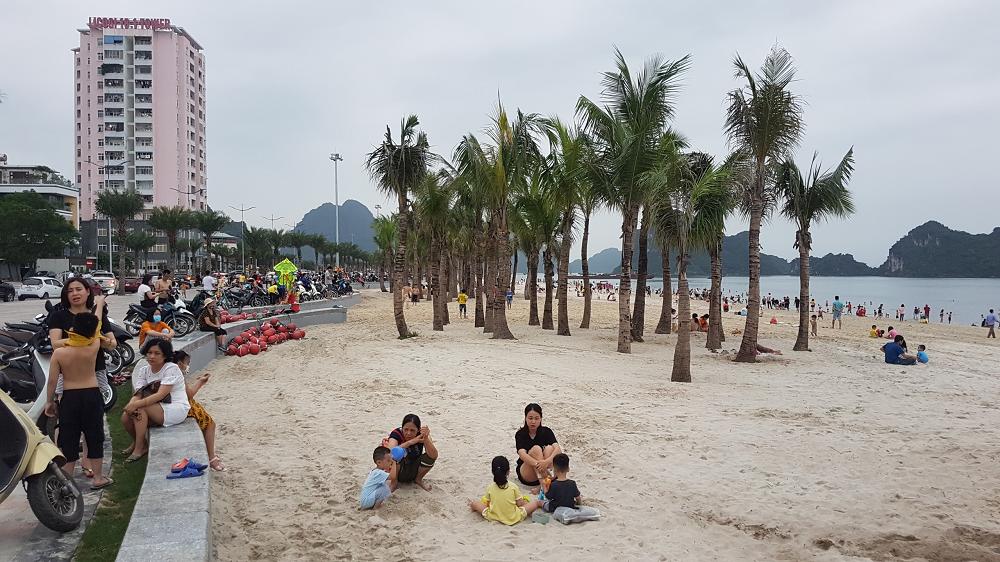 Hạ Long (Quảng Ninh): Đặt tên cho bãi tắm mới