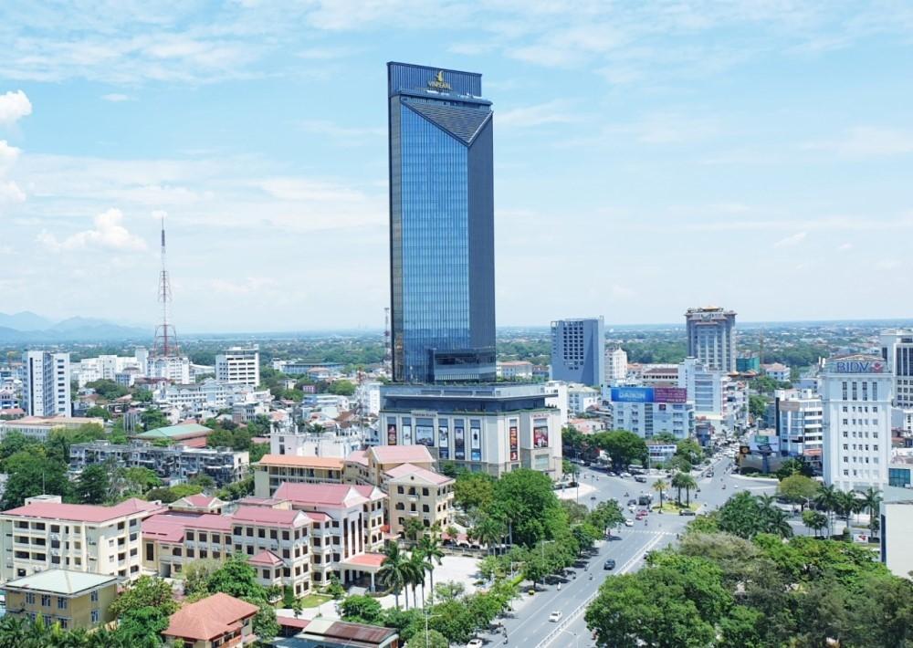 Thông qua Nghị quyết điều chỉnh địa giới và thành lập các phường thuộc thành phố Huế