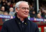 HLV Ranieri mừng phát khóc sau khi Leicester City vô địch